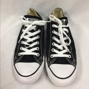 Women's Converse Chuck Taylor All Star Shoes 9